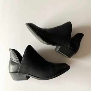 Black pleather booties size 9